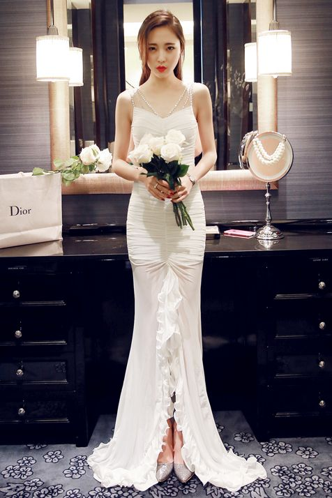 White Long Dress Baju Pre Wedding Baju Pesta Korea Baju Korea